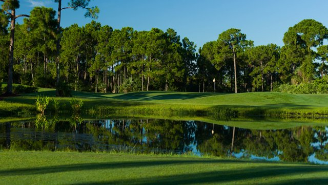 Pga National Golf Club Is Located In Palm Beach Gardens And Features The Newly Renovated